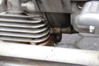 Öl zwischen Getriebe und Motor!